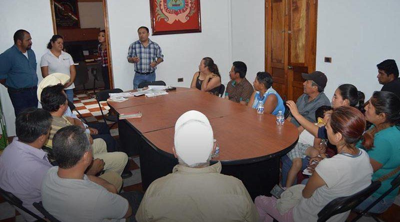 Jilotepec llevó a cabo una charla con agentes municipales y el Comité de los Panteones