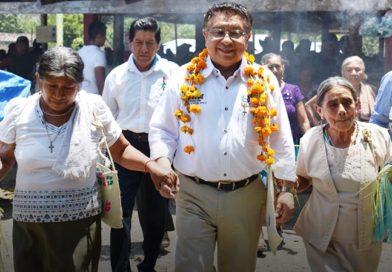 Jesús Guzmán promoverá la preservación de la lengua materna
