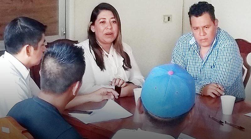 Ayuntamiento de Tenampa se reúne con agentes municipales