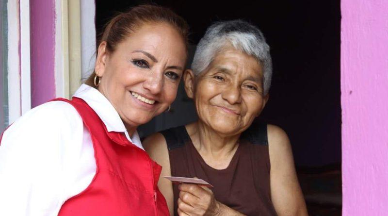 Todo el respaldo para los adultos mayores del distrito de Orizaba: Ivonne Risso
