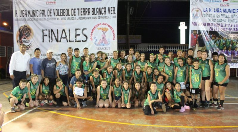 Culmina XXV Edición de la Liga Antorchista de Voleibol