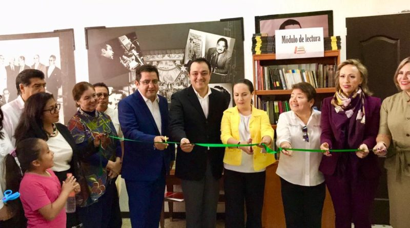 Inaugura Américo Zúñiga módulo de lectura en el CDE del PRI Veracruz