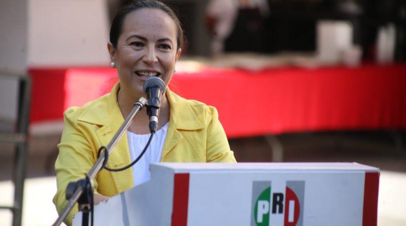 Duele el abandono de bibliotecas e indigna que  autoridades limiten intentos de lectura: Yamiri Rodríguez