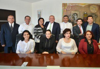 Recibe Magistrado Presidente del TSJ, Edel Álvarez Peña, a comisión de cortesía de la LXV Legislatura del Estado