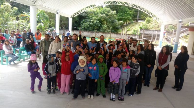 Con Ader García la educación en Ixhuatlán de Madero será prioritaria