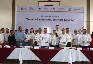 Regularizará SEV 350 escuelas de 11 municipios de la región Coatepec