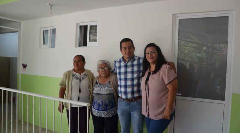 Sanitarios dignos para alumnos de Jardín de Niños de Cuauzacatla en San Andres Tlalnelhuayocan