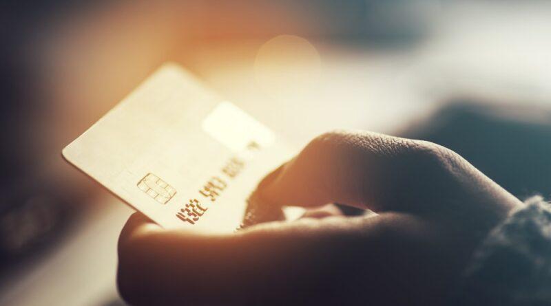 Demandan reducir temporalidad de deudores en buró de crédito.