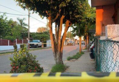 Investigan robo de 3 millones de pesos en joyería tras asesinato de las Merlín.