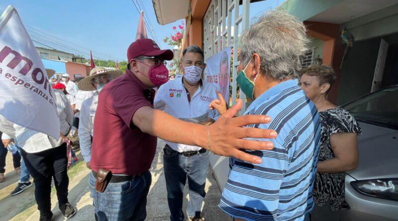 Morena está muy bien parado en el sur de Veracruz: Esteban Ramírez
